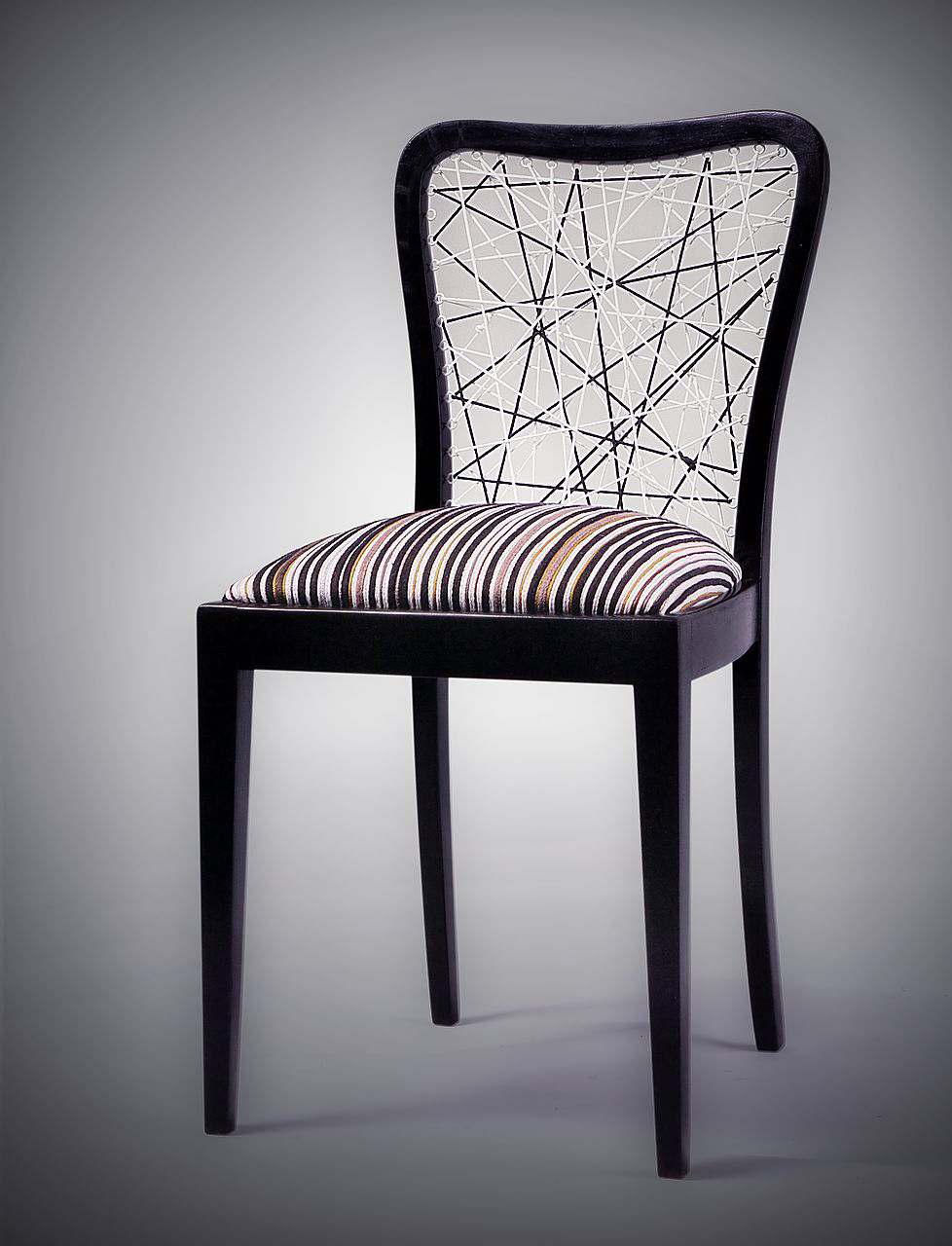 meble, designerskie, Łódź, onoMono, krzesło Linear, czarne