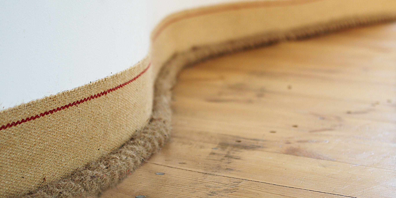 """zdjęcie listwy podłogowej z serii """"Linear"""""""